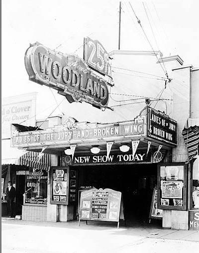 Woodland Theater - 1926